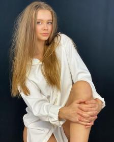 angelina-polikarpova-35g465wdf45425-39.jpg