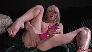 allover30-21-03-18-serene-siren-ladies-with-toys.jpg