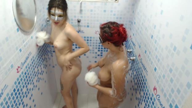 Voyeur-house.tv- Girls wash each other