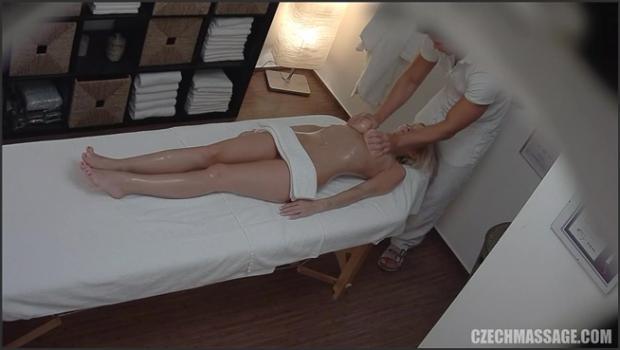 Czechav.com- Busty beauty came for a massage