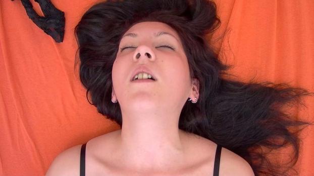 Czechav.com- Ecstasy of a brunette 4