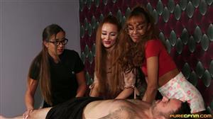 purecfnm-21-03-05-amber-green-bluelah-and-lara-lee-early-massage.jpg