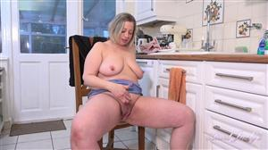 auntjudys-21-02-28-star-soaps-up-and-masturbates-in-the-kitchen.jpg